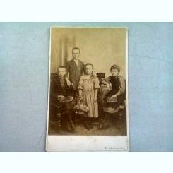 FOTOGRAFIE ANII 1900, REALIZATA DE S. SCHWARZ - BUCURESTI
