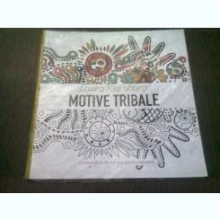 MOTIVE TRIBALE - LAURA KLAMBURG  (CARTE DE COLORAT)