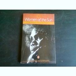 WOMEN OF THE SUN - HYLLUS MARIS  (CARTE IN LIMBA ENGLEZA)